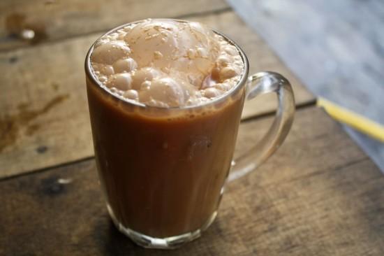 Malaysian Pulled Tea (Teh Tarik)