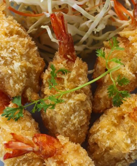 Shrimp in crispy breadcrumbs, Goong Choop Pang Tod กุ้งชุบแป้งทอด