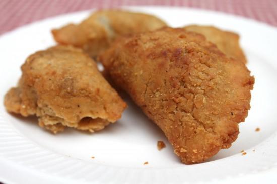 Homemade Crispy Thai Curry Puffs