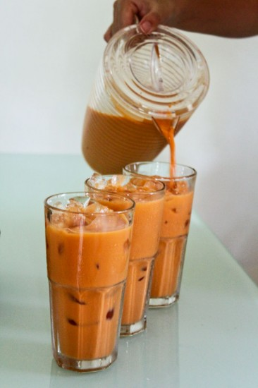 Pouring Thai iced tea