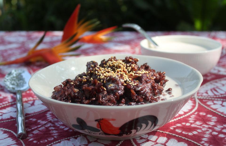 Black Sticky Rice Recipe (Khao Neow Dam) » Temple of Thai