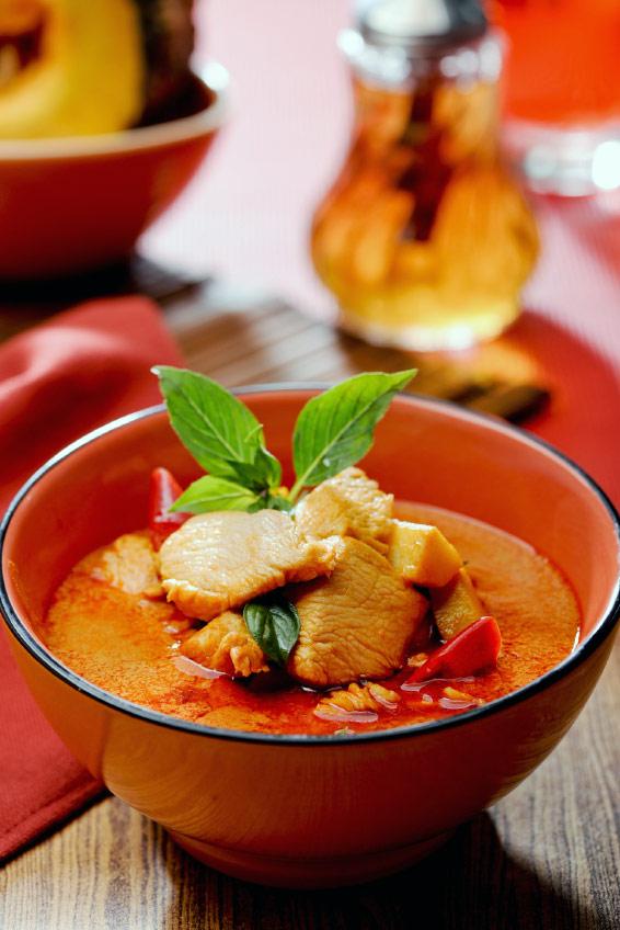 Thai Red Curry (Kaeng Phet Gai) Recipe » Temple of Thai