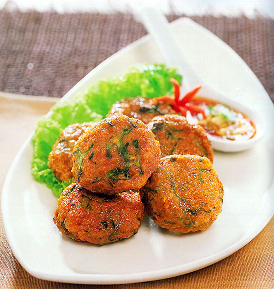 Thai Fish Cakes with Red Curry Paste