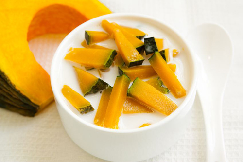 Thai Sweet Pumpkin Dessert Recipe (Kaeng Buat Fak Thong) » Temple of ...