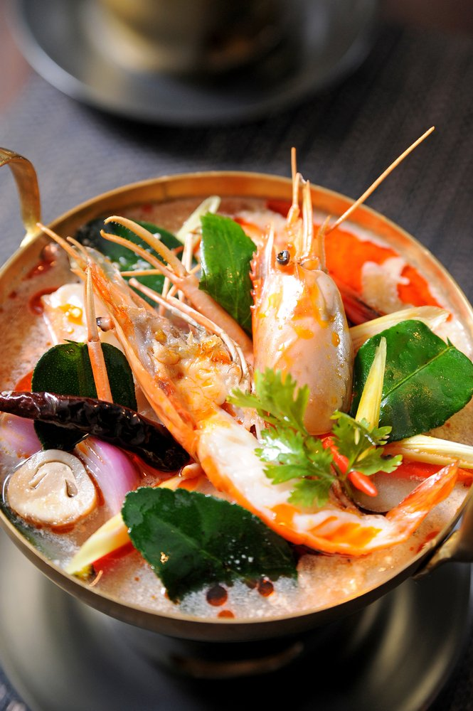 Tom Yum Goong - Sour & Spicy Lemongrass Shrimp Soup Recipe
